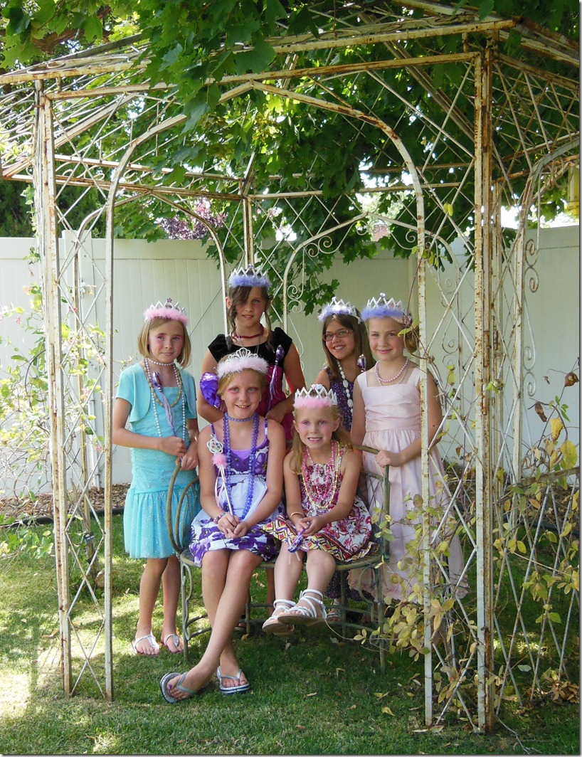 EB Girls in Gazebo