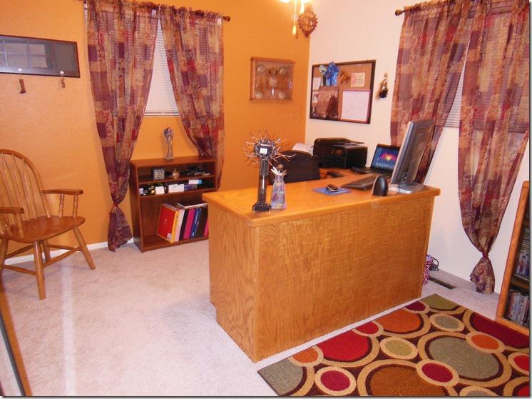 Mamas New Office